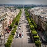 2CVParisTour : Visiter Paris en 2CV! Les Champs-Elysées