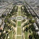 2CVParisTour : Visiter Paris en 2CV! Le Champs de Mars