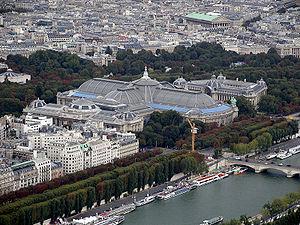 2CV Paris Tour : Visiter Paris en 2CV! Le Grand Palais