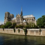 2CVParisTour : Visiter Paris en 2CV! Notre-Dame de Paris