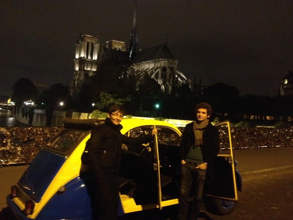 2CVParisTour : Balades en 2CV à Paris - Notre Dame