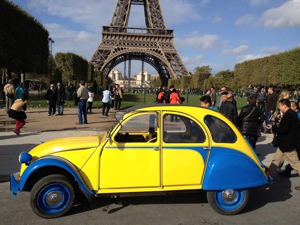2CVParisTour : Balades en 2CV à Paris - Tour Eiffel