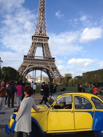 2CVParisTour : Visitez Paris en 2CV - Tour Eiffel 3