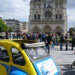 2CVParisTour : Balades en 2CV à Paris! Notre Dame et la 2CV toit ouvert