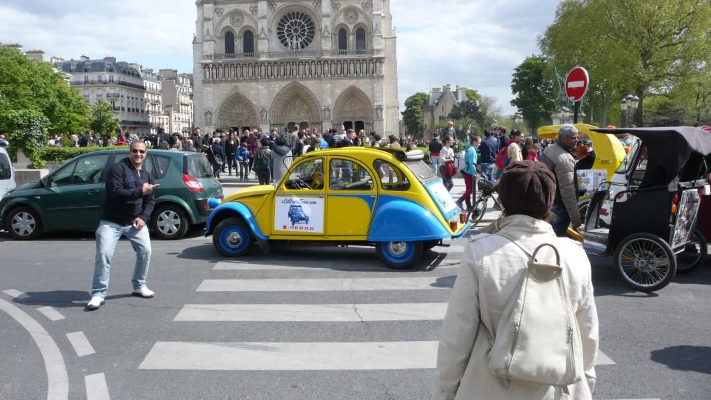 2CVParisTour : Balades en 2CV à Paris