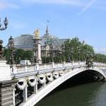 2CVParisTour : Visiter Paris en 2CV! Le Pont Alexandre III